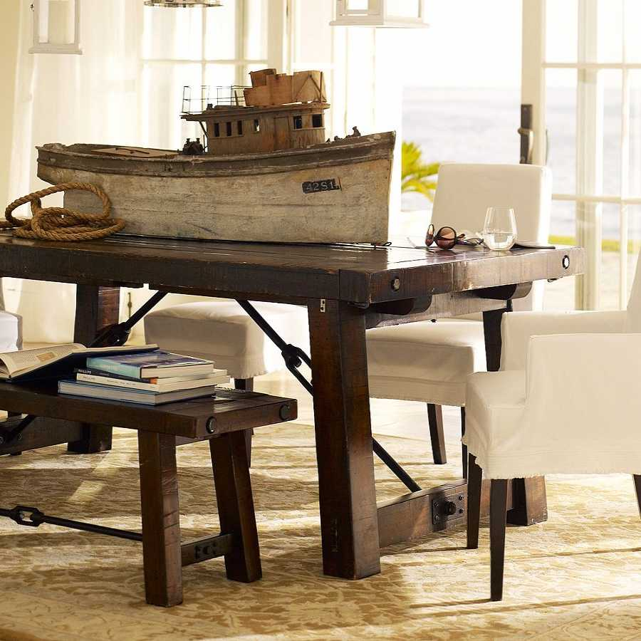 Деревянный стол - фото лучших видов которые идеально подойдут для комфортного обустройства!