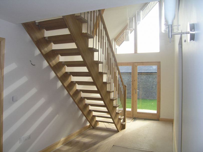 Деревянные лестницы - виды, основные элементы, особенности изготовления и лучшие варианты отделки (105 фото)