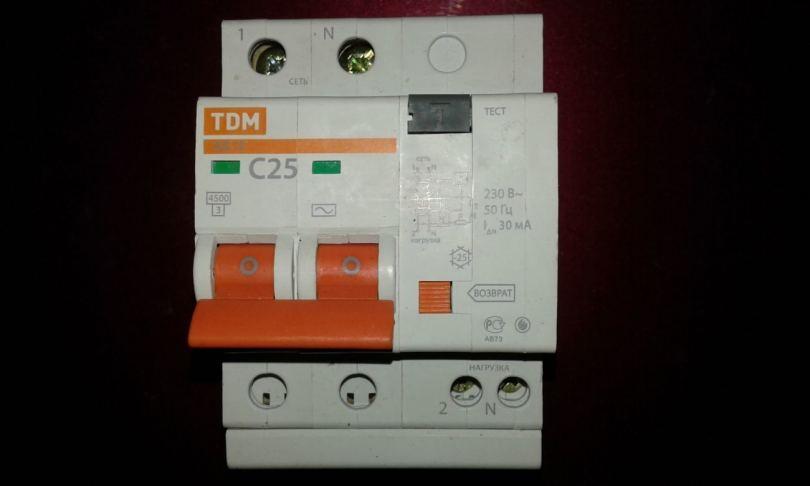 Дифференциальный автомат: принцип работы, схемы подключения и особенности применения (100 фото)