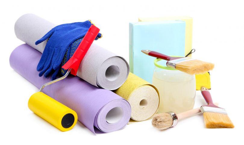 Поклейка обоев: пошаговое описание, необходимые инструменты и материалы (95 фото)